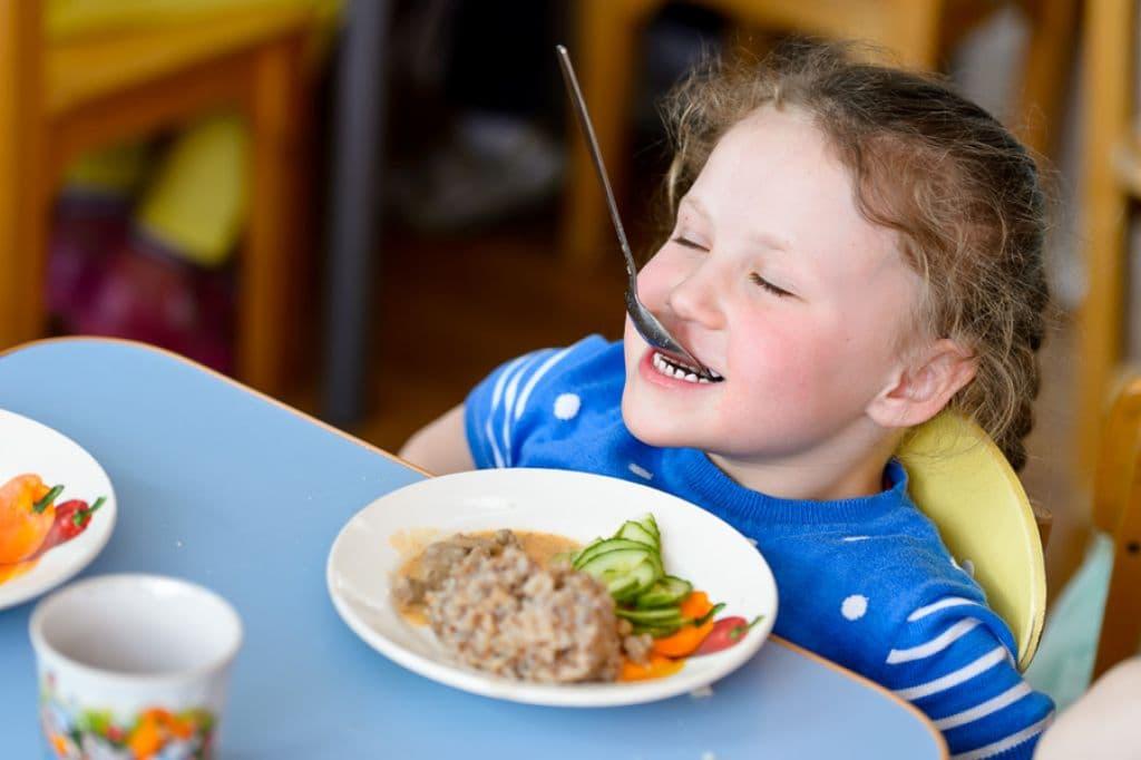 ребенок и питание в детском саду